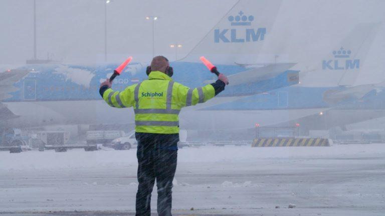 KLM annuleert vluchten door sneeuwverwachting