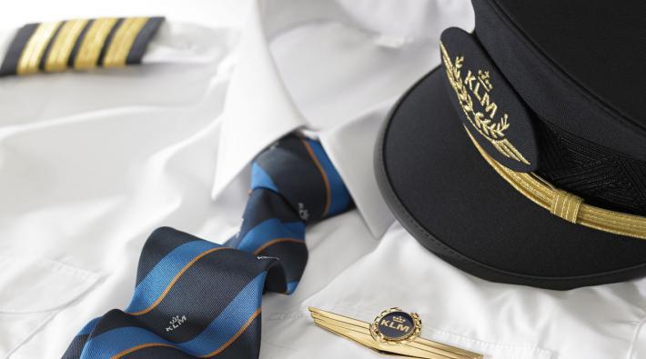 OPMERKELIJK: KLM-Piloot loopt tegen de lamp bij alcoholcontrole